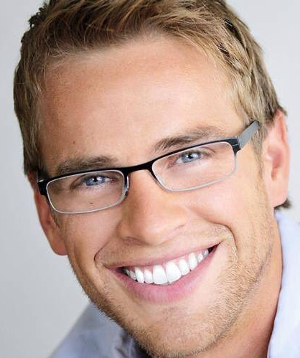 Tooth Whitening With The Best Dentist Los Angeles Teeth Whitening